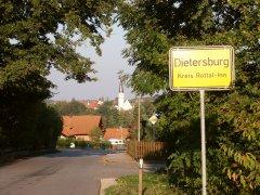 Grossansicht in neuem Fenster: Dietersburger Ortseinfahrt